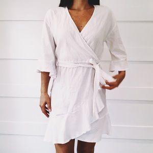 Gap Ruffle Crinkle Flounce Bell Sleeve Wrap Dress